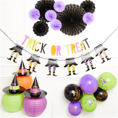 Trick or Treat Decorating Kit