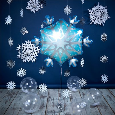 Snowflake Room Decorating Kit