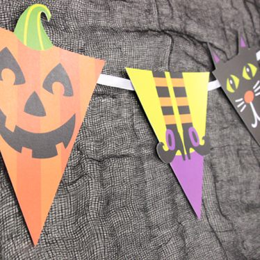 Witches Crew Halloween Bunting