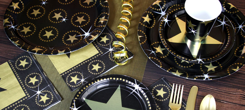 next in our round up of the best new years eve themes is a hollywood party an elegant party theme thats perfect for nye