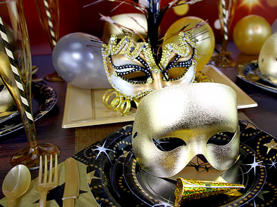 A Masquerade Ball Party Should Be Elegant And Glamorous To Keep Things Simple Wed Recommend Sticking No More Than Three Main Colours