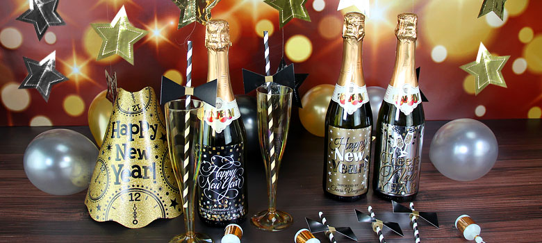 New year 39 s eve 2016 decorating ideas party delights - New year table decorations ...