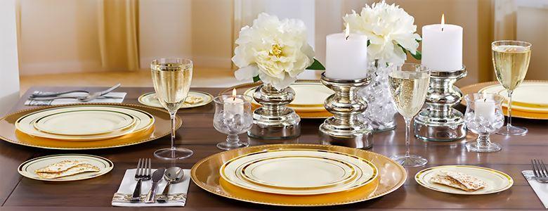 Cream GoldTrimmed Premium Plastic Appetizer Plates 20ct
