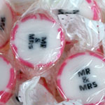 Pink 'Mr & Mrs' Rock Sweets - 215g
