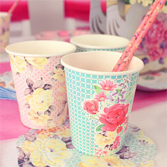 Truly Scrumptious Cups - 250ml Paper Party Cups